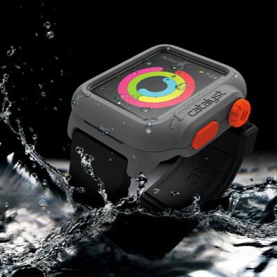 史上初の防水Apple Watch ケース「Catalyst」