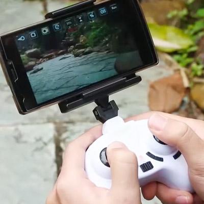 撮影中の映像をリアルタイムで見られる超小型ドローン『PXY Wi-Fi』