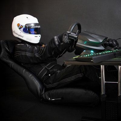 ガチ仕様ゲーミングチェアで座椅子『バウヒュッテ LOC 01』
