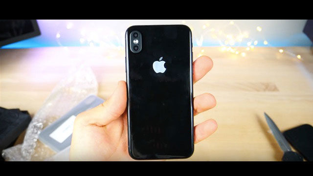 iPhone 8は最初新機能が使えない?
