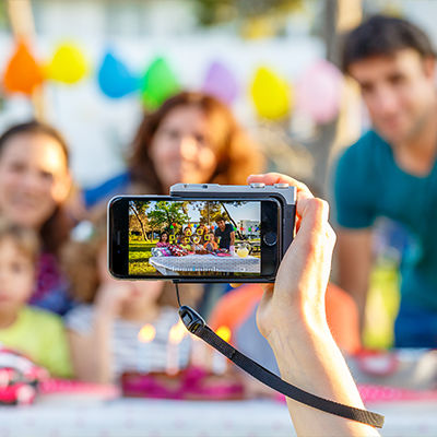 iPhoneが一眼レフに変身!?写真撮影に革命をもたらす「Pictar One」