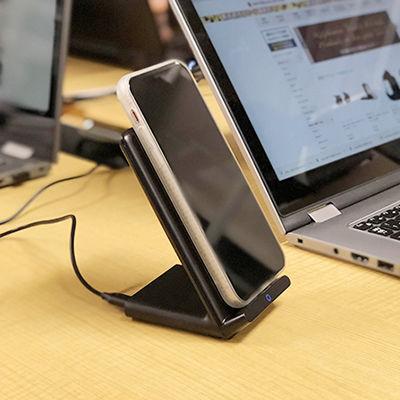 Anker初のスタンド式!iPhone X、8をワイヤレス充電できる「Anker PowerPort Wireless 5 Stand」登場!