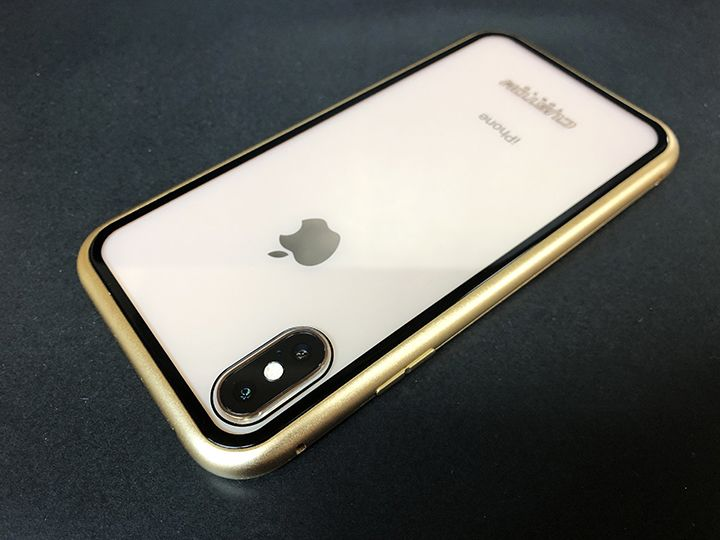 Monolith Alluminio 360度全方位からiPhoneを包み込む
