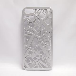 【iPhone SE/5s/5ケース】inCUTOUT  切り絵スタイルのiPhone SE/5s/5ケース 3Dセリフ シルバー