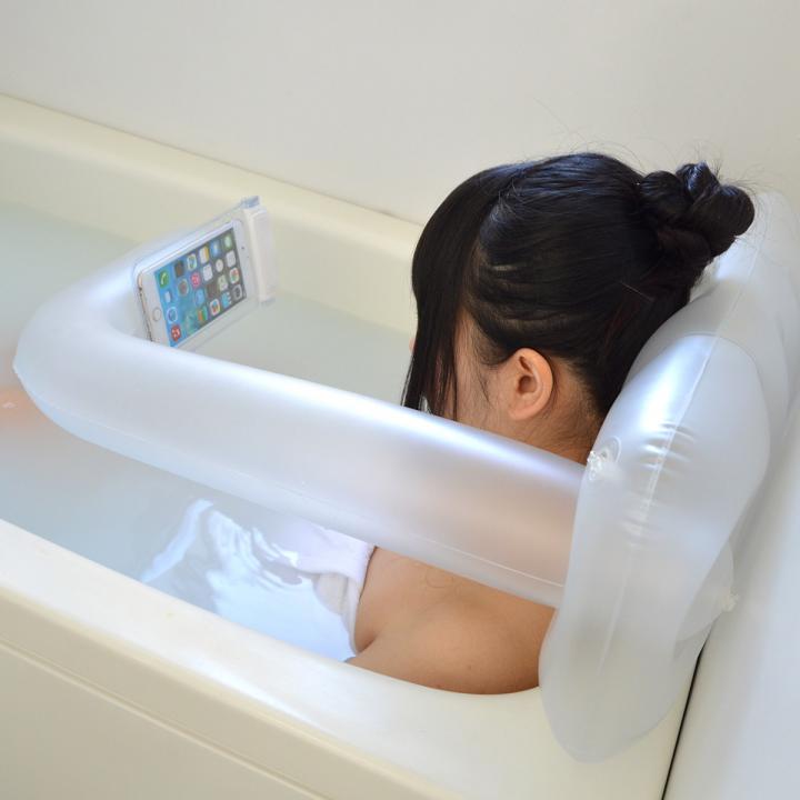 スマホ用エアバスピロー「お風呂でもちょっと持って手!」 ホワイト_0