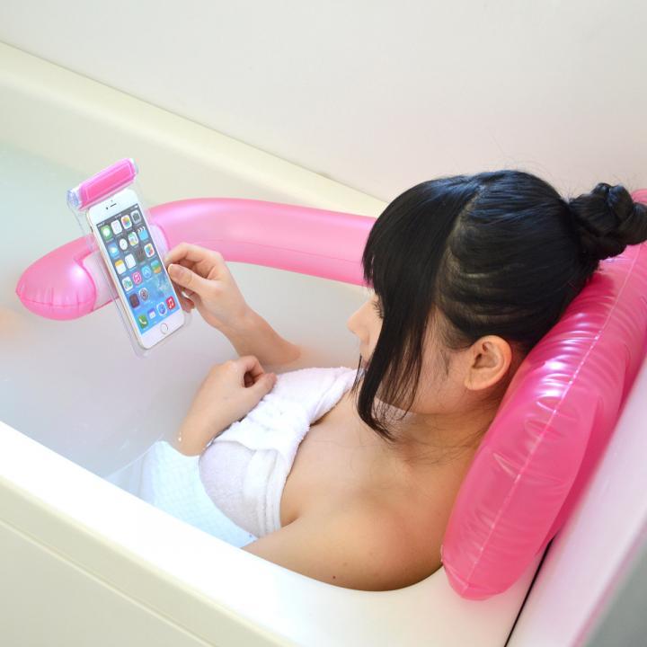 スマホ用エアバスピロー「お風呂でもちょっと持って手!」 ピンク_0