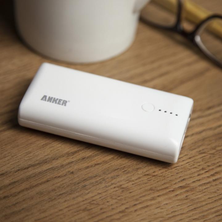 Anker Astro M1 5200mAh モバイルバッテリー