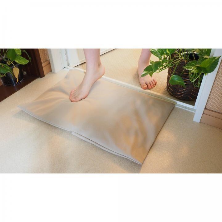 柔らか珪藻土バスクッション「トリリア」 サンドベージュ_0