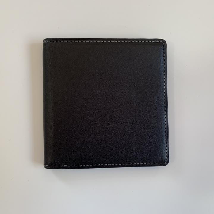 カードがたくさん入るのに薄い手の平財布 BS02 ブラック_0