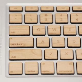 Apple MacBook Pro(JIS配列)日本語キーボード ウッドスキン ウォールナット_4