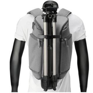 コンパクトサイズカメラ用バックパック booq Slimpack gray_9