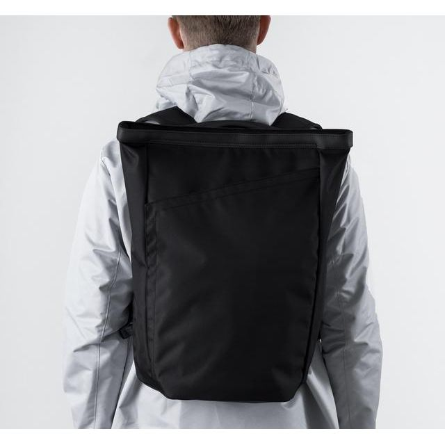 InvisibleBackpack One バックパック 15L_0