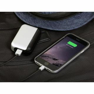 [1m]充電LEDランプ付き Lightningケーブル JustMobile AluCable LED シルバー_4