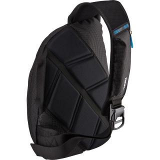 高い収納力と耐久性 スリングバッグ Thule Sling Bag ブラック_3