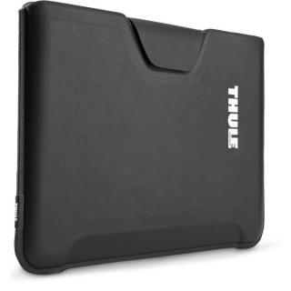 高い収納力と耐衝撃性 MacBookAir13インチ用スリーブケース Thule Gauntlet ブラック
