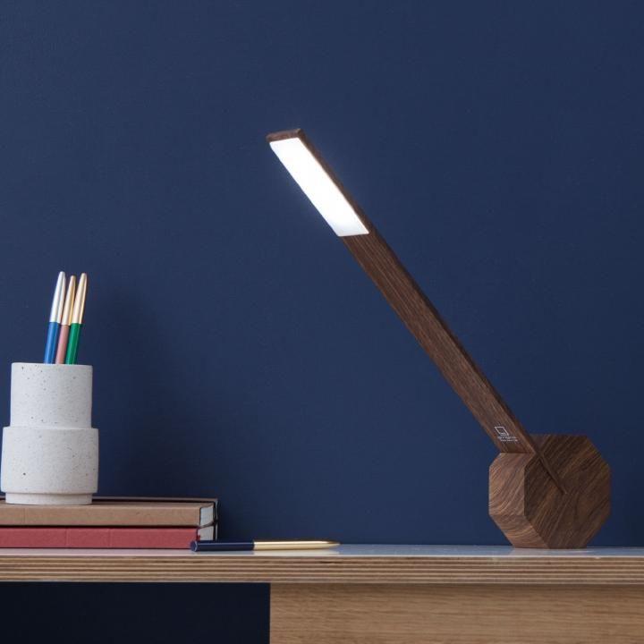 バッテリー内蔵のワイヤレス型LEDデスクライト Ocotagon One_0