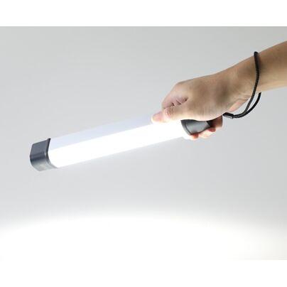 バッテリ機能付きLEDライト_0