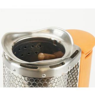 たき火の熱を電気に変換 BioLite キャンプストーブ(POTアダプター付き)_1