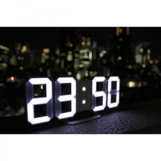 [新iPhone記念特価]3DデザインのLEDデジタル時計 Tri Clock【9月下旬】