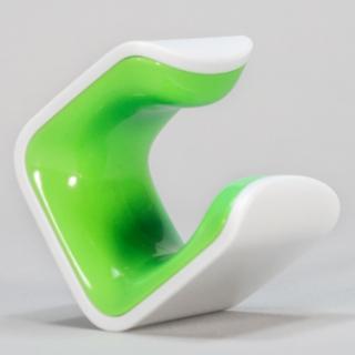 手のひらサイズの自転車スタンド CLUG 緑 Sサイズ