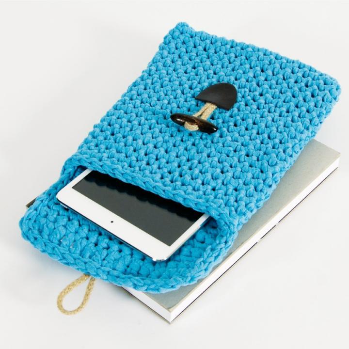 手編みで作るタブレットケース Tablet Cover Kit ブルー