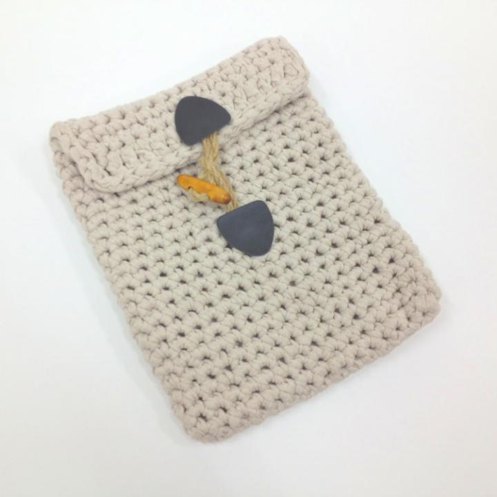手編みで作るタブレットケース Tablet Cover Kit ライトグレー