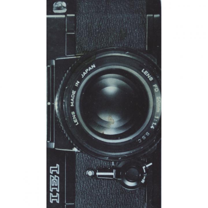 何度でも貼って剥がせる液晶クリーナー SCREEN CREANERS (camera)_0
