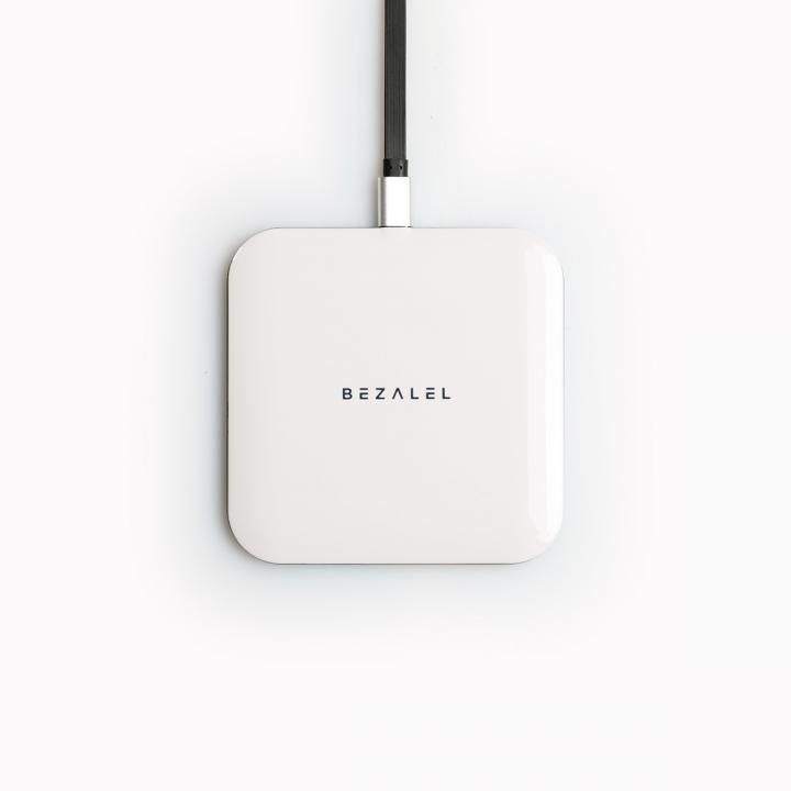 Futura X Wireless Charging Pad Qi対応 ワイヤレス充電器 ホワイト_0