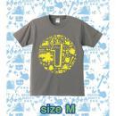 ブレイブフロンティア1周年記念Tシャツ(チャコールグレー×イエロー)Mサイズ