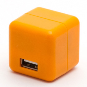 2.1A1ポートUSB充電器 100-240V海外対応 オレンジ_0