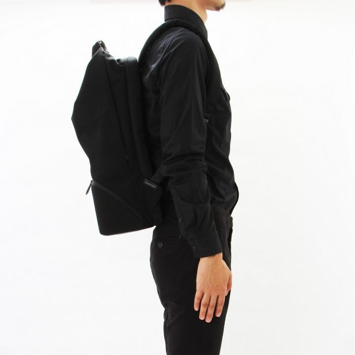 AMARIO crum BP15 バックパック ブラック【9月下旬】