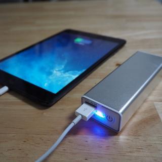 [3000mAh]カイロ機能つきモバイルバッテリー USBあったかパワーバンク_5