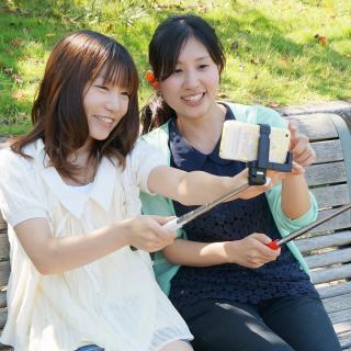 スマホで自撮り 手元で撮影 ワイヤレス monopod for iPhone