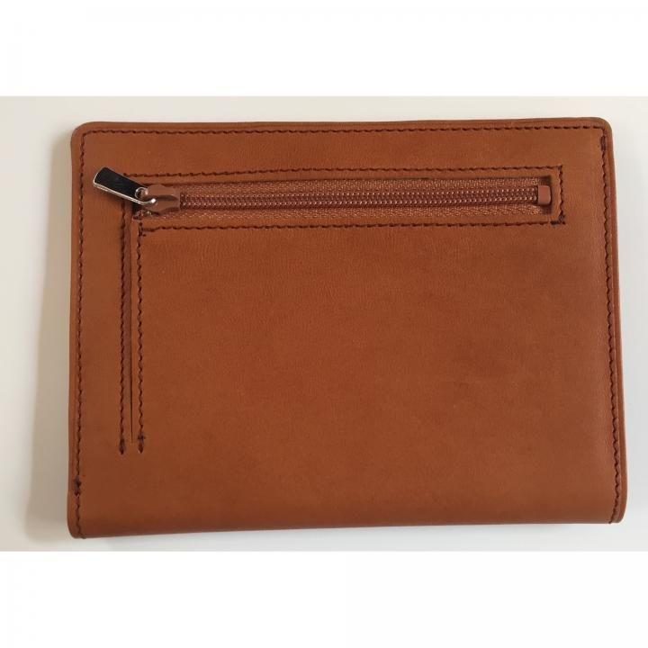 カードをたくさん入れても薄い財布NEXT 小銭入れ付き キャメル_0