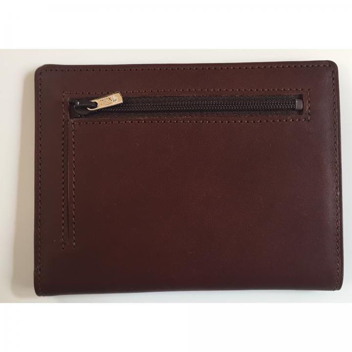 カードをたくさん入れても薄い財布NEXT 小銭入れ付き チョコ【10月上旬】_0