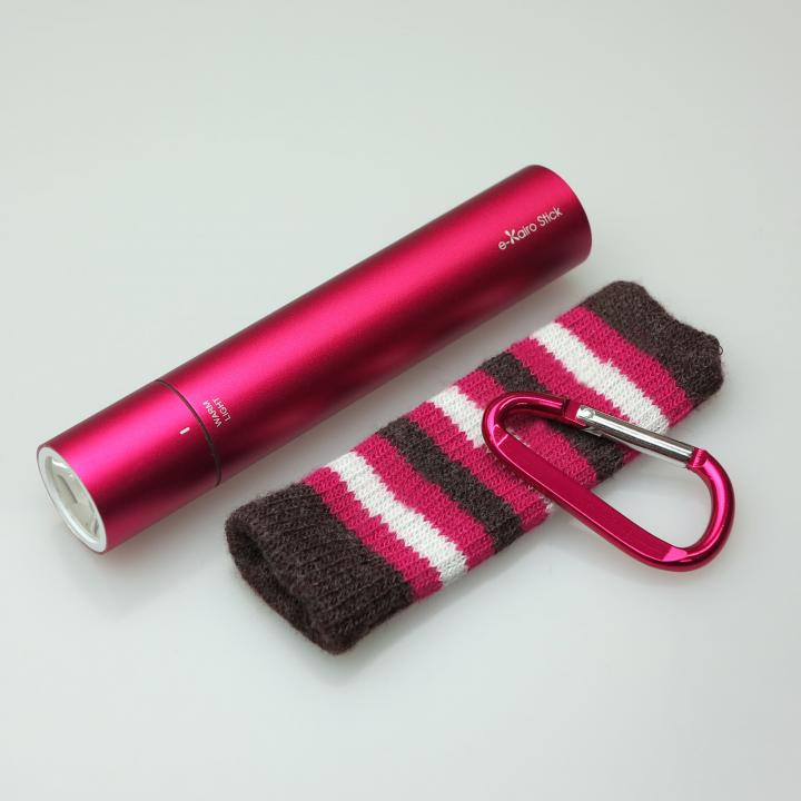 [2200mAh]e-kairoStick 充電式カイロ+予備バッテリー+LEDライト ローズピンク_0