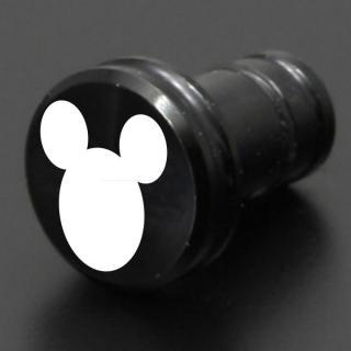 ディズニー ギルドデザイン製 アルミイヤホンジャックカバー ミッキーアイコン ブラック