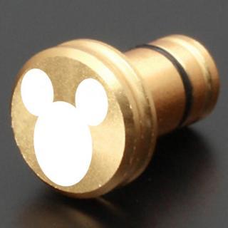 ディズニー ギルドデザイン製 アルミイヤホンジャックカバー ミッキーアイコン シャンパンゴールド