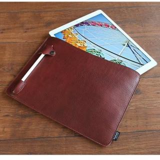 職人が作るオイルドレザースリーブ  スペシャルエディション ブラウン ペンホルダー付き 12.9インチiPad Pro