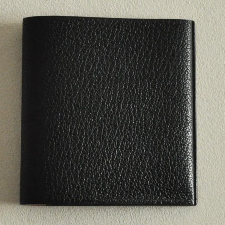 ゴートレザー二つ折り財布 ブラック_0