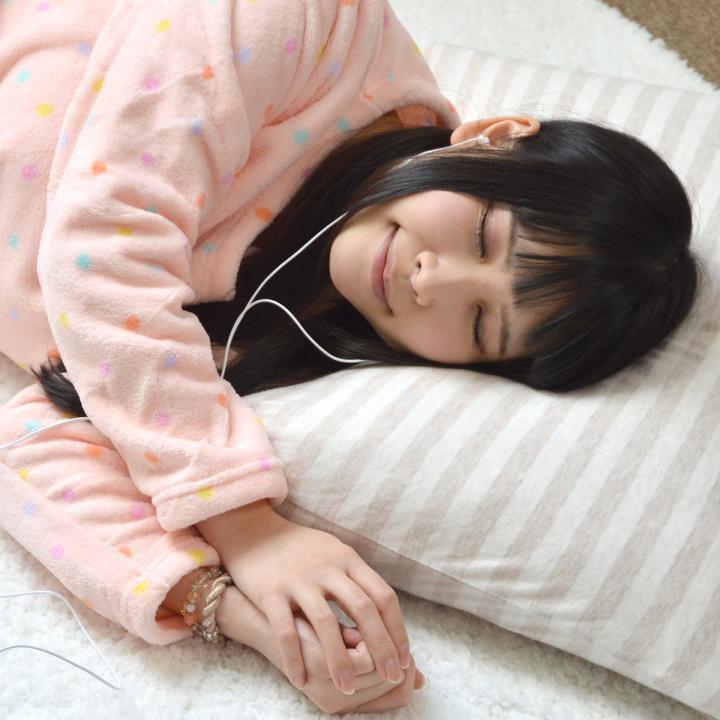 寝ながら使える快適イヤホン_0