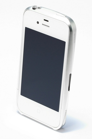 【iPhone4/4s】GRAMAS メタルバンパー 02シリーズ(シルバー)